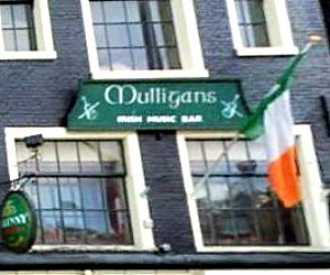 Mulligans Irish Music Bar
