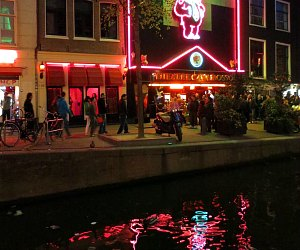 Red Light District Walking Tour and Cruise